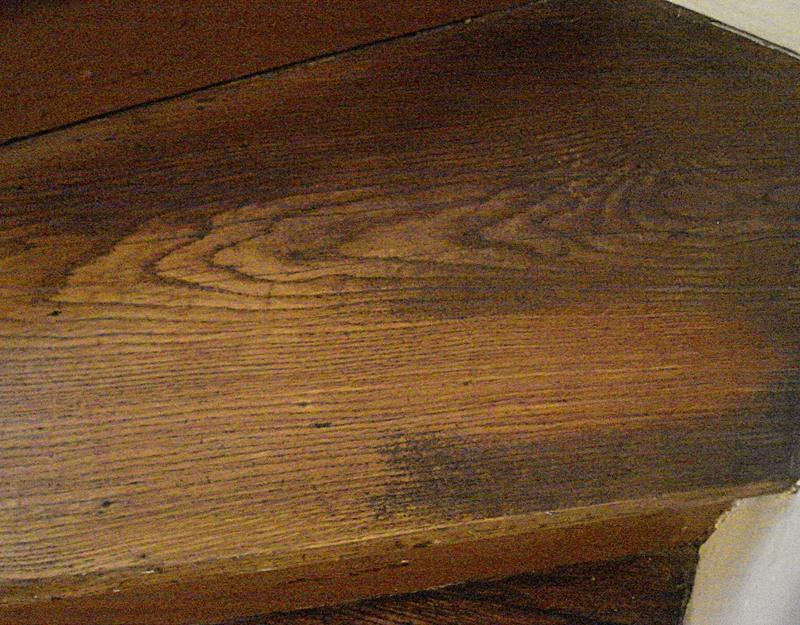 comment nettoyer escalier bois