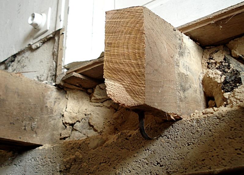 Tournevis remplacer un plancher par une dalle en b ton et carrelage - Faire un plancher beton sur poutre bois ...